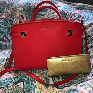 Large Michael Kors purse and wallet